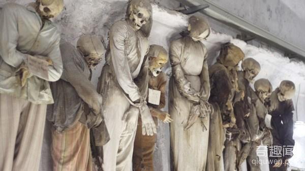 catacombs-e1353368066485