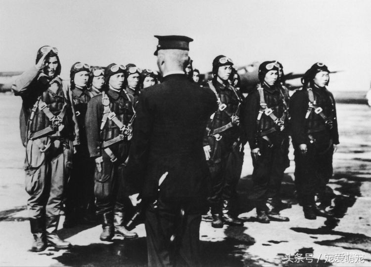 1941年12月7日,日本偷袭珍珠港的罕见照片(2)