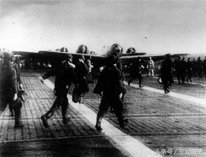 1941年12月7日,日本偷袭珍珠港的罕见照片(3)