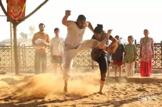 印度男神力作《摔跤吧!爸爸》已刷新宝莱坞电影票房纪录!
