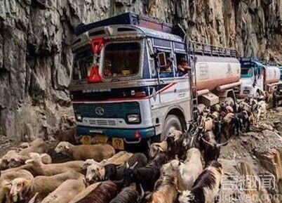 世界上最危险的10条公路  每一条都是通往天堂的路