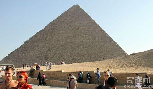 世界上第一座金字塔-胡夫金字塔【组图】