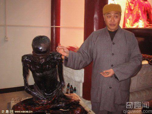 [图文]安徽安庆退休老教师死后坐化3年肉身不腐 令人惊叹!