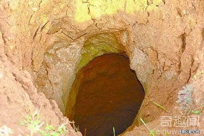 [多图]专家从盗墓贼手中抢救发掘出战国古墓