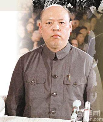 揭秘姚文元成长三部曲:靠批《海瑞罢官》而步入政界