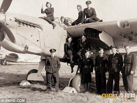 [图文]英国二战时期的一对空军姐妹花幸存至今