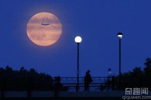 世界上最美的月亮:超级月亮图片【组图】