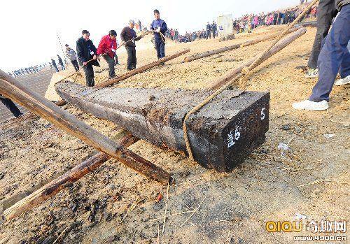 湖北战国古墓群出土国内首驾楚国战车