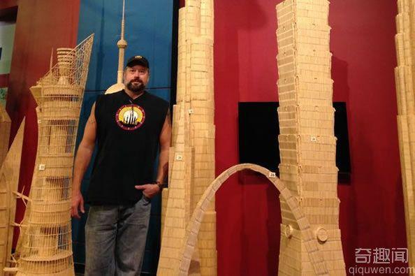 纽约雕塑家用牙签建造迪拜塔模型 总高为828米
