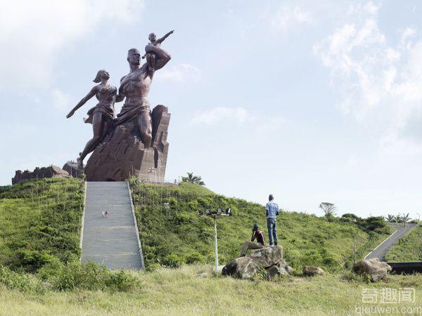 全球十大巨型雕像 霸气关羽威震四方