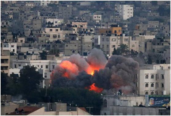 又一个火药桶被引爆!美国盟友几十架战机大轰炸,敌国损失惨重