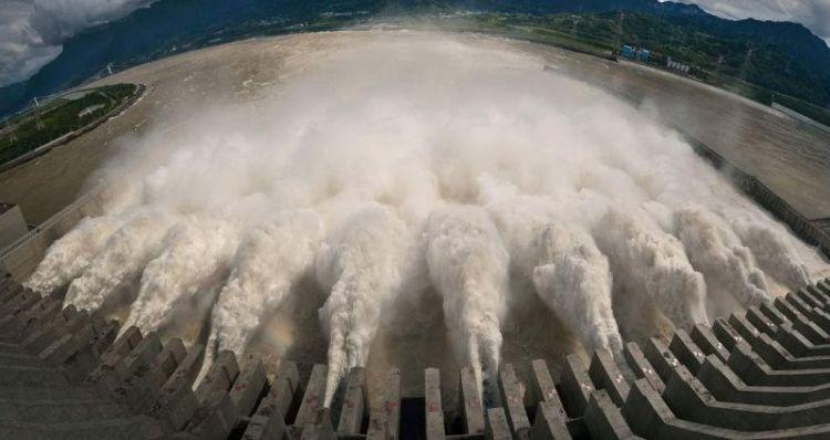三峡大坝这么重要,周围有多少军事力量在保护它?国人看完放心了
