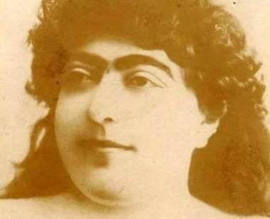 就这货,波斯第一美女,还有13名男子为她自杀