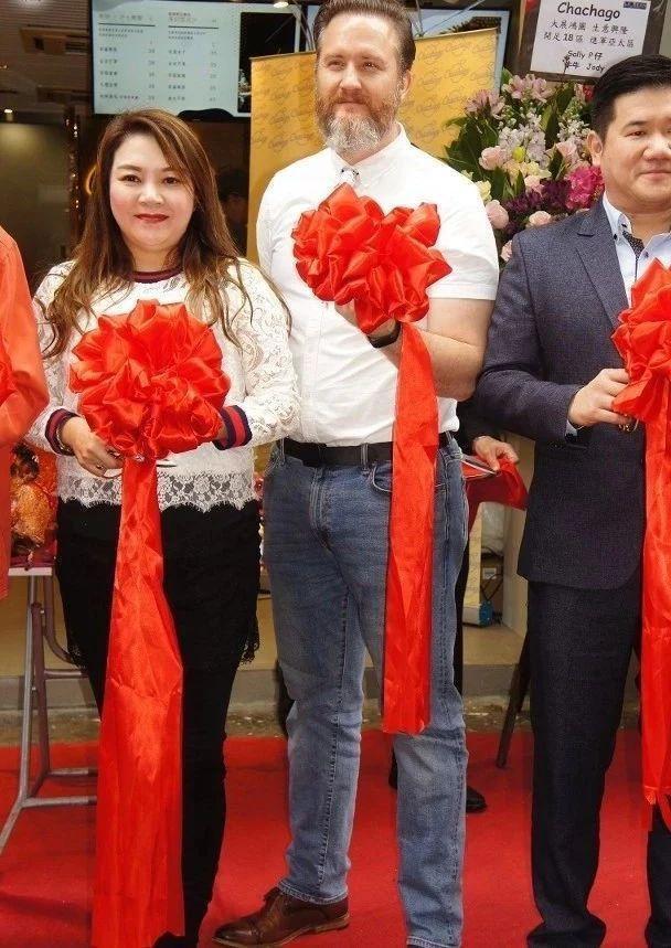 拒绝续签!TVB御用外籍警官约满离巢:可以继续拍剧但绝不签约