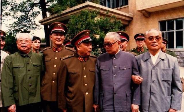 辍学少年竟成最强纪检委,给江青、林彪定罪!中央还采纳了!