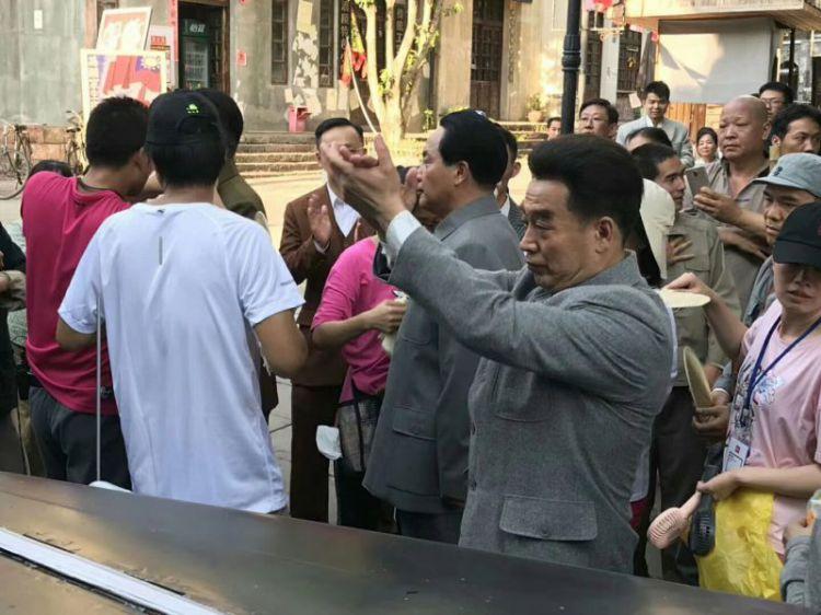 罗俊林参演拍摄电视剧《重庆谈判》战争年代戏