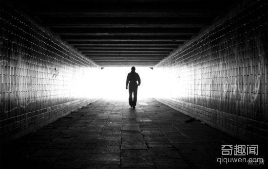 盘点世界地铁10大诡异传说 地铁僵尸惊魂!