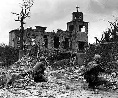 二战期间,有多少冲绳居民被日军屠杀或被日军强迫而自杀?