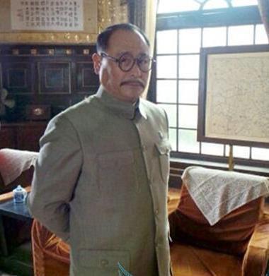 他是蒋介石头号智囊用奇招助蒋成为中国最强他死蒋便一败再败