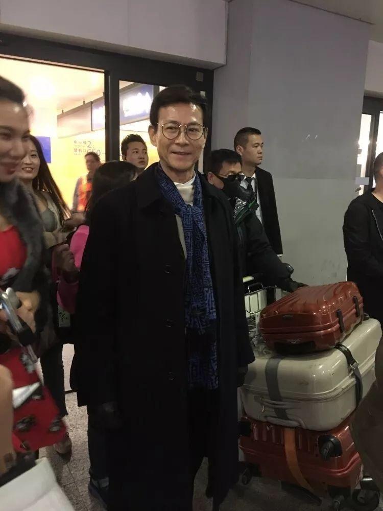 70岁的郑少秋,51岁的周慧敏,以及20岁的我...