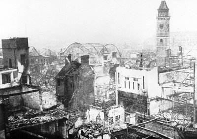 丘吉尔明知德国将攻击英国城市,他却放任不管,致使五千多人伤亡