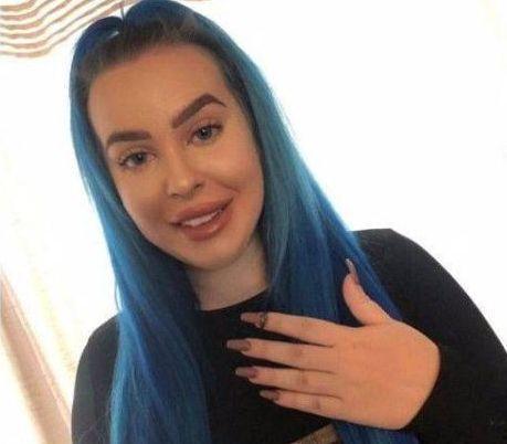 奇闻!英国20岁女子打个喷嚏,喷出12前年搞丢的钻戒!