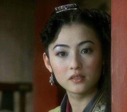 郑秀文的婚姻观,早在18年前的《钟无艳》中,体现得淋漓尽致