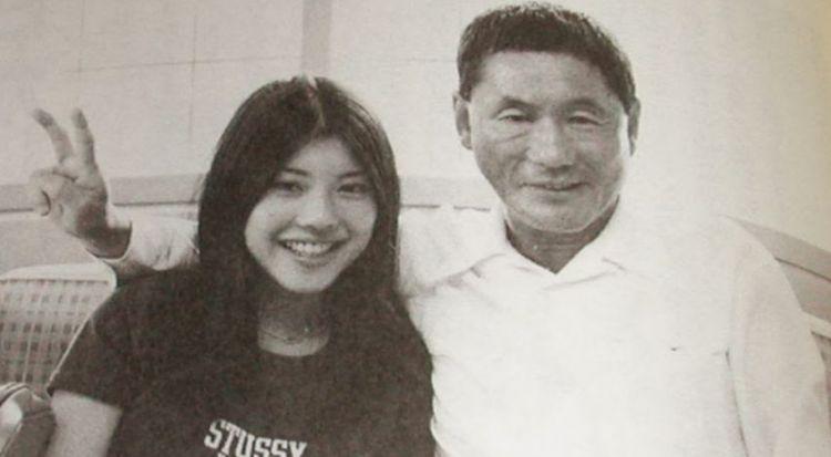 国宝级导演结婚40年屡次出轨,72岁终离婚,和小18岁女友共度余生!