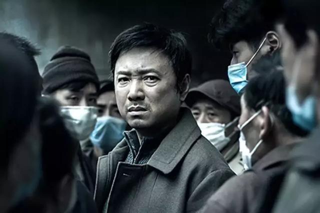 杜江《烈火英雄》上映,杨洋《特战荣耀》预热,谁是你的英雄?
