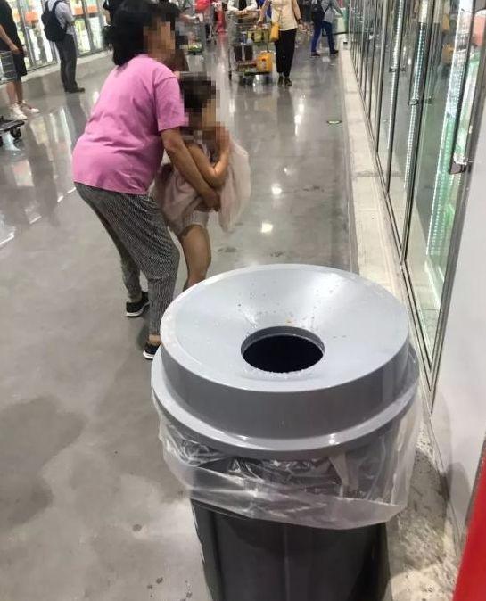 排队退卡、偷吃、随地小便...上海Costco让温哥华大妈都傻眼了