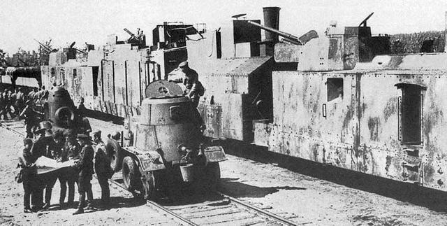 """老照片:一战机械""""巨兽"""",张作霖张宗昌都拥有过,但没起大作用"""