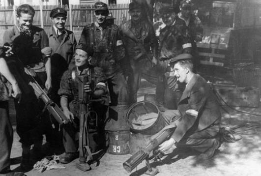 此国一战时被灭国,二战时却成为香饽饽,苏联美国德国都在讨好它