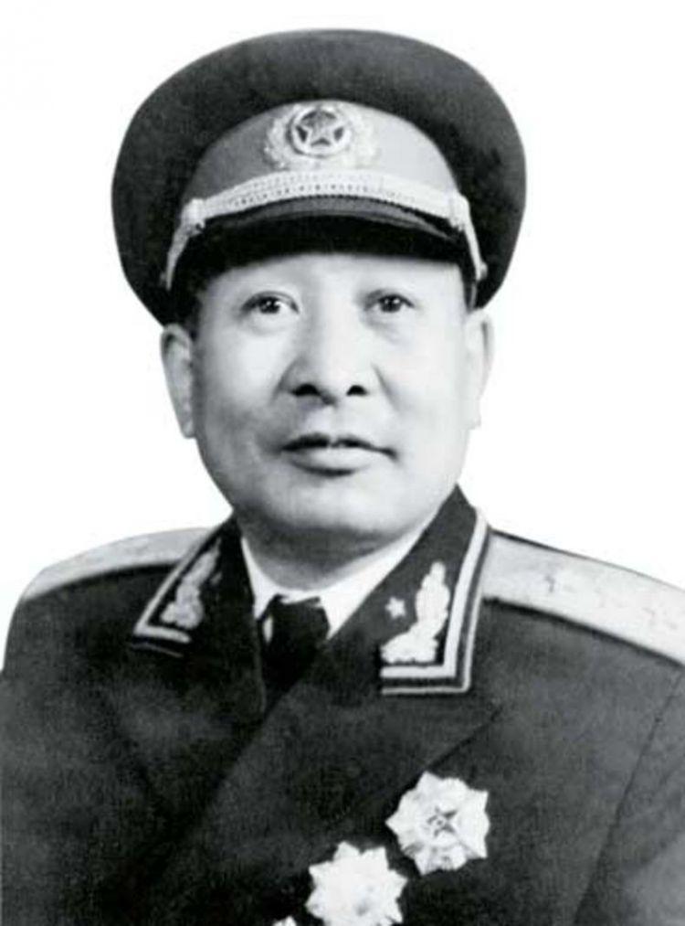 他是开国上将中的政工人才,巧妙处理伤兵闹事,把新房送给幼儿园