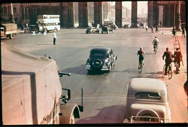 彩色老照片:看看第三帝国时期武装到牙齿的德军、柏林街头的繁华