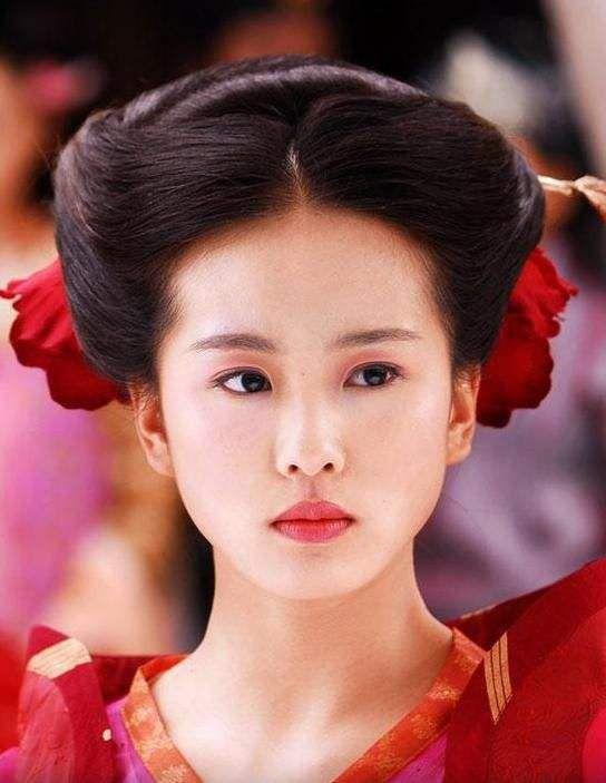 刘诗诗朱一龙要合作了?曝两人将合拍《亲爱的自己》,丁黑执导
