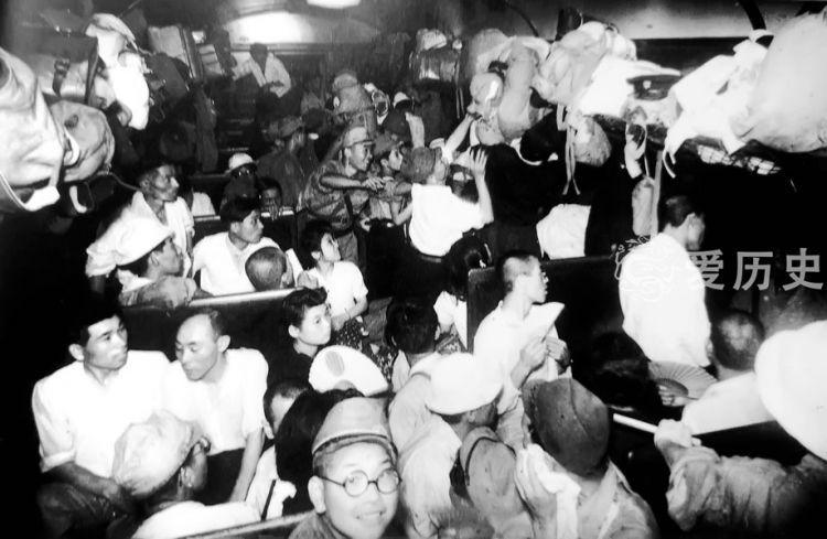 如蝗虫般随日军侵略的国民战败后狼狈回国趁着夜色越过三八线