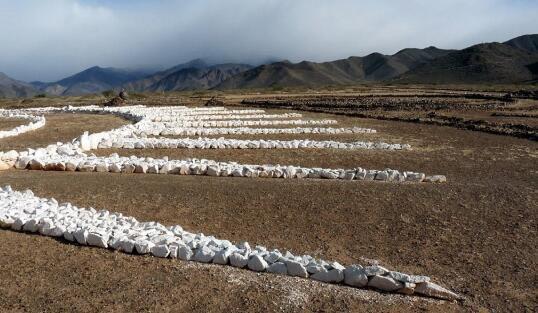 男子沙漠建了一UFO停机坪,自称是外星人指示?到底是不是真的