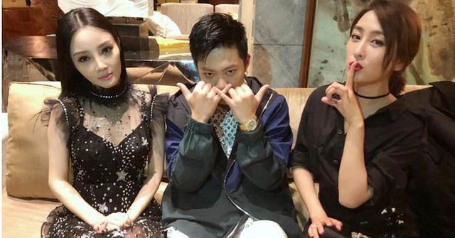 终于宣布离婚,贾乃亮收获粉丝祝福支持,李小璐遭遇千夫指万人骂