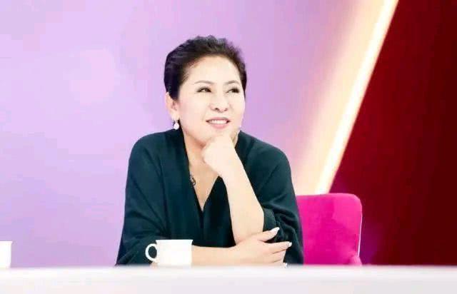 向佐不怕得罪女演员,大胆讲述选择郭碧婷的原因:没有被圈子污染