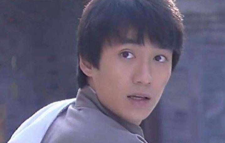《再生缘》:朱一龙出道之作,四角恋狗血剧情,他一人分饰两角
