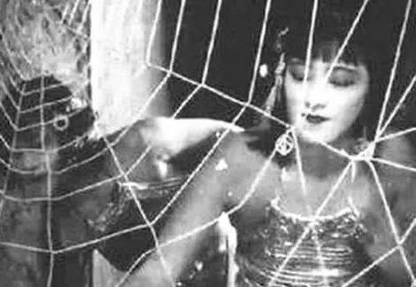 1927年版的西游记有多恐怖?刚播出就被禁播,你看看蜘蛛精的裙子