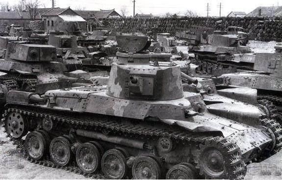 这支部队在国外打仗一直向前,遇上华野,被施一招就全军覆没!