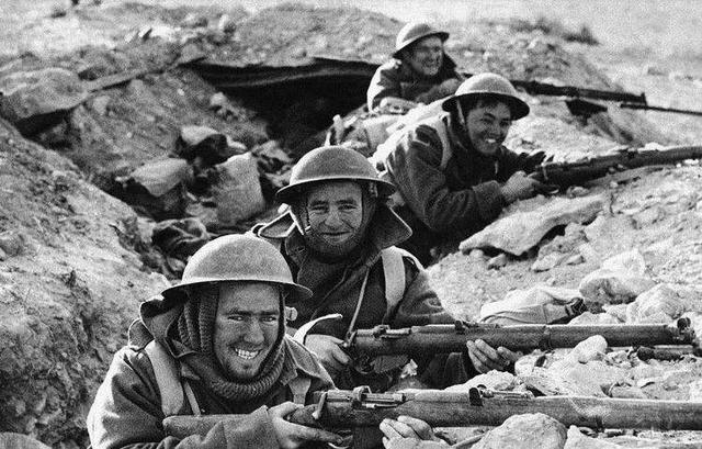 </p></p> <p><p>  从素质低下、将领矛盾等五个方面分析二战时意大利军队的败因