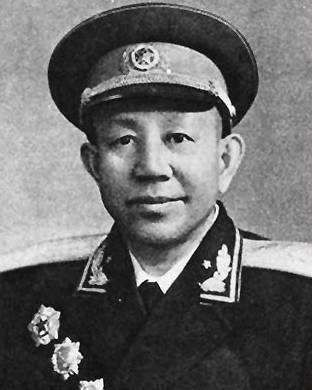 开国将领中共有十位独臂将军,但是后来成就最大的,却是这位中将