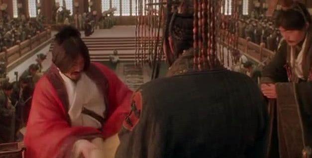 当年荆轲刺秦王,如果用的是长剑而不是匕首,结果会怎样?