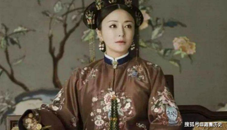 她14岁被送入宫中成为妃子,一生只被宠爱一次,晚年过得孤独