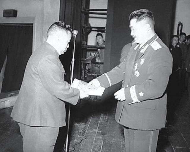 开国上将中,他的级别最低,却因为一个重要身份被授上将
