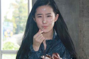 揭秘:刘亦菲与干爹陈金飞的震撼私事