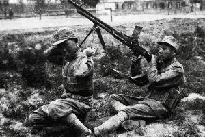 """抗战时期中国空军里的""""四大天王"""""""