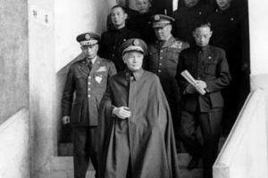 解密国民党十大战犯之一蒋介石悬棺待葬的人生结局
